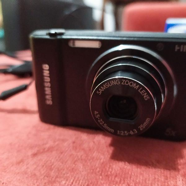 Câmera digital samsung st68