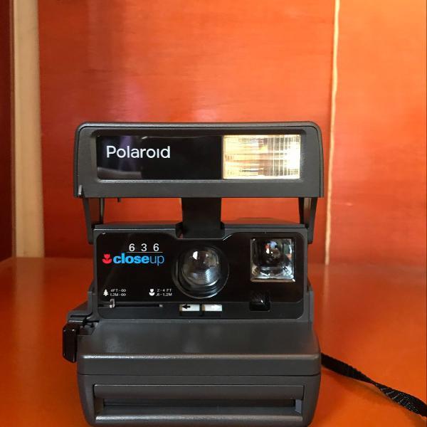 Câmera polaroide close-up 636
