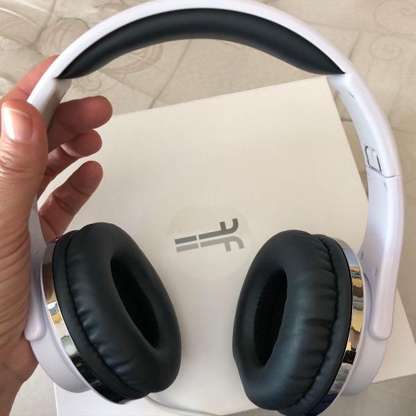 Headphones poderosos
