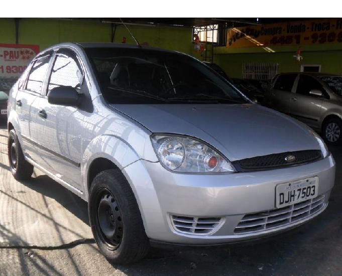 Fiesta sedan 1.6 4p flex