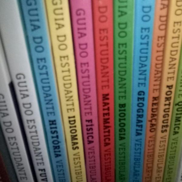 Vendo coleção de livros guia do estudante dos anos 2014,