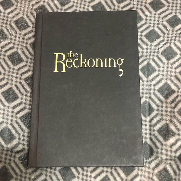 Livros em inglês capa dura: wizards holiday + the reckoning