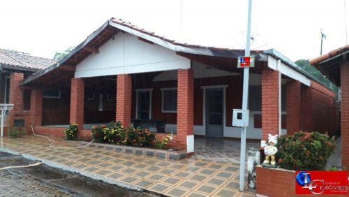 Chalé em Caldas Novas 4/4, 3banheiros, varanda, área de