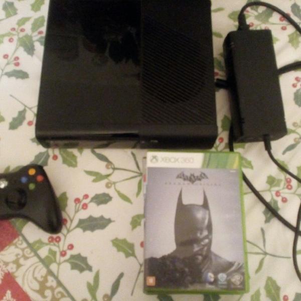 Xbox 360 super slim semi-novo original 4gb + 1 controle +