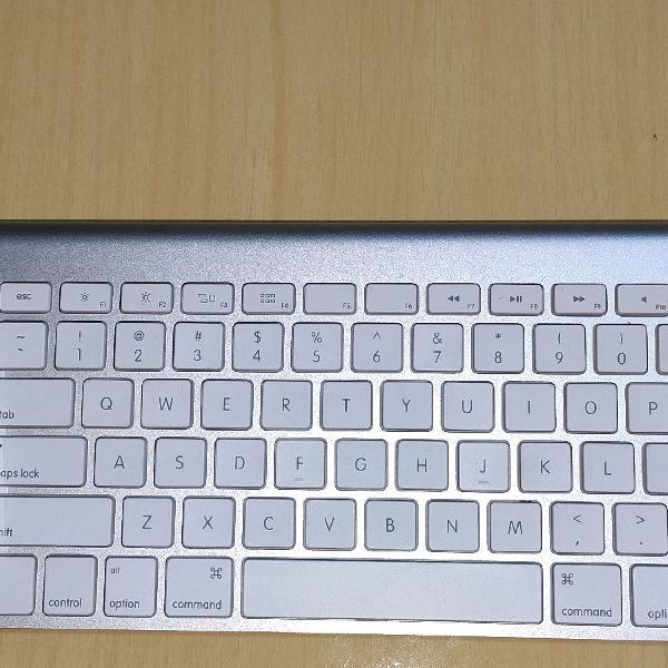 Teclado e mouse apple
