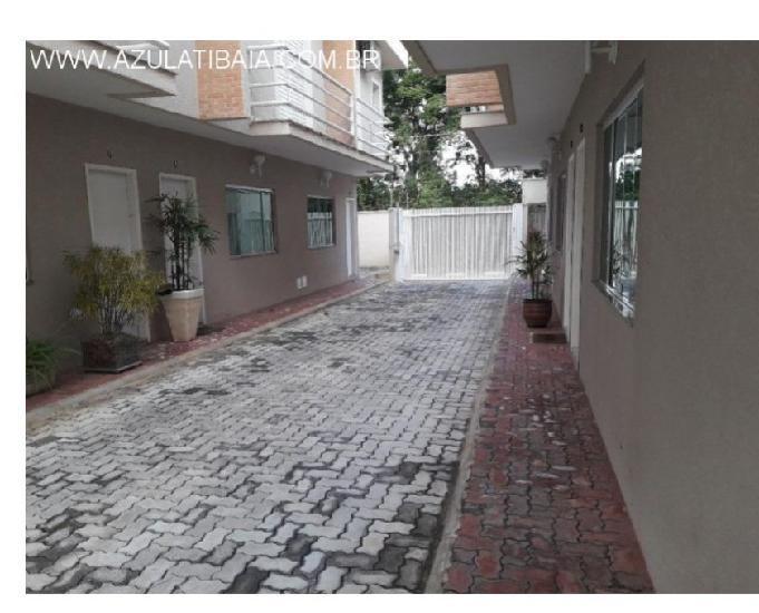 Casa em condomínio a venda em Atibaia