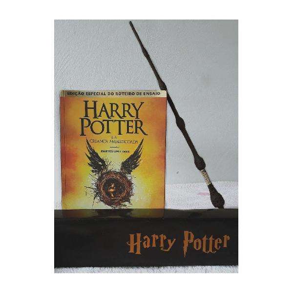 Harry potter e a criança amaldiçoada + varinha de resina