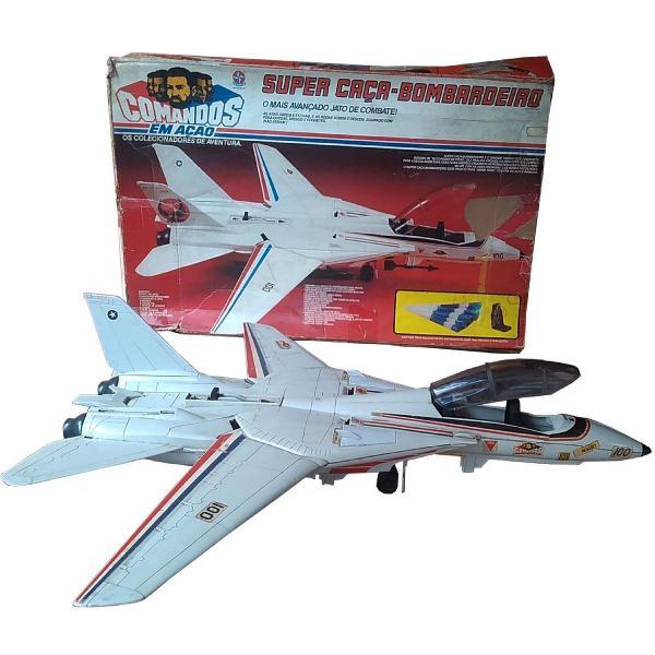 Super caça bombardeiro comandos em ação