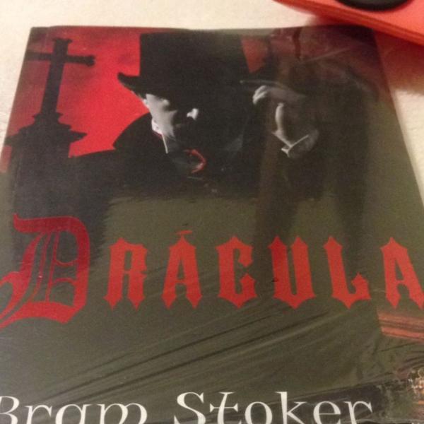 Livro drácula de bram stoker