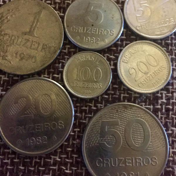 Lote de sete moedas cruzeiro