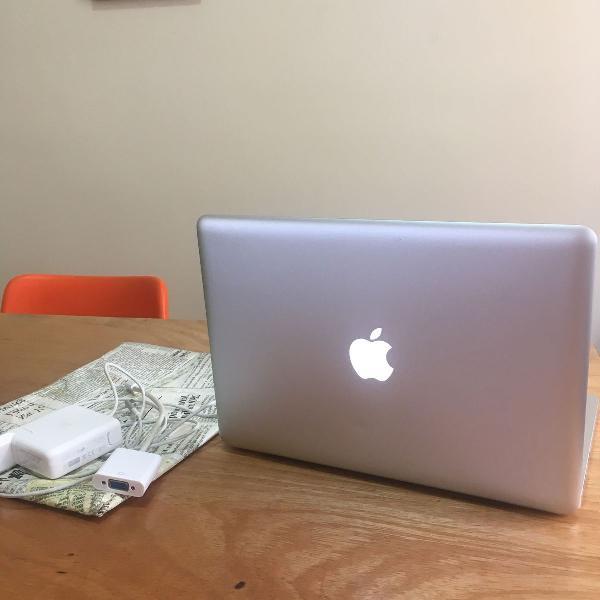 Macbook pro mid 2012 muito bem amado