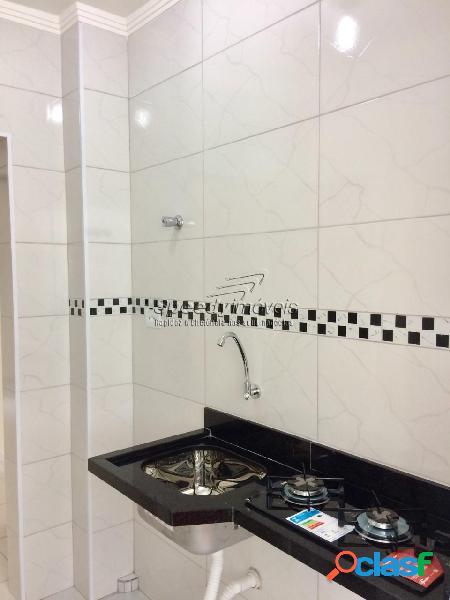 Sala Living á venda em Santos, bairro Ponta da Praia. 2
