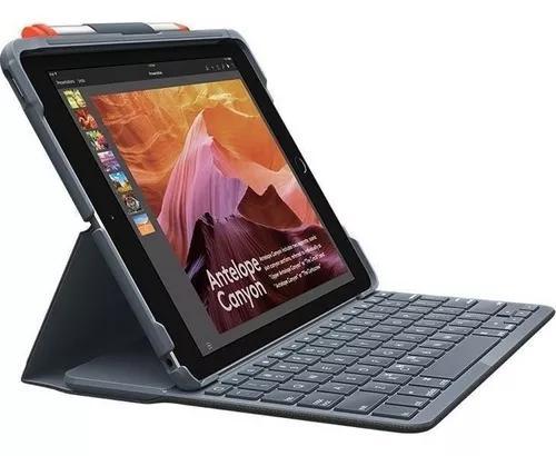 Capa com teclado ipad (5ª e 6ª geração) logitech, preta