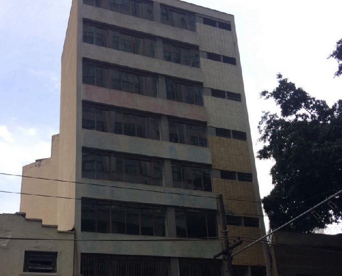 Excelente prédio comercial perto do Tribunal de justiça