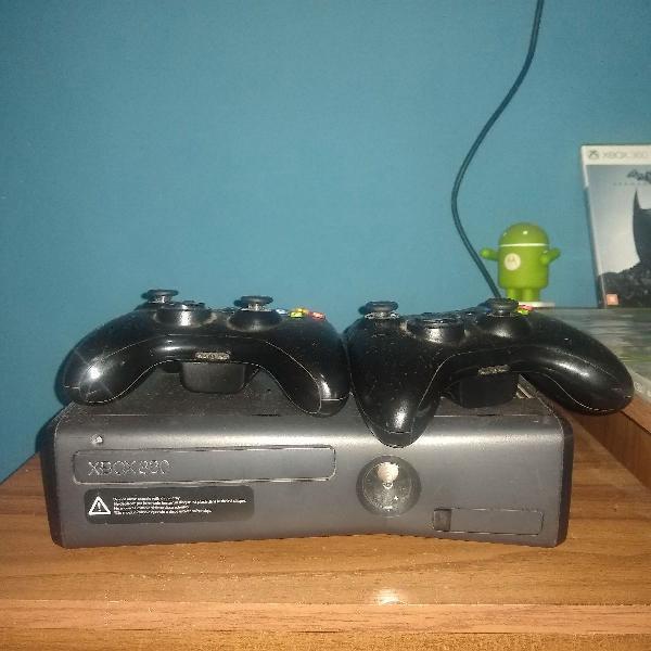 Xbox 360 + 2 controles + jogos originais (todos)