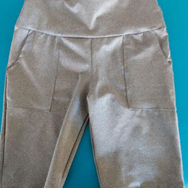 Bermuda ciclista tecido grosso cinza tamanho m