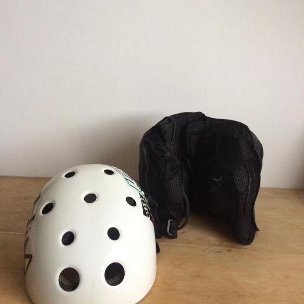 Kit segurança skate patins capacete + cotoveleira +