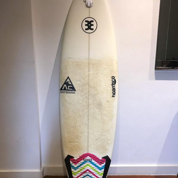 Prancha de surf - ótima para iniciantes