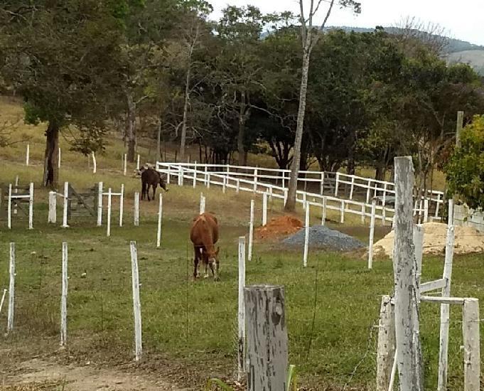 Excelente fazenda de 02 hectares em caeté - minas gerais