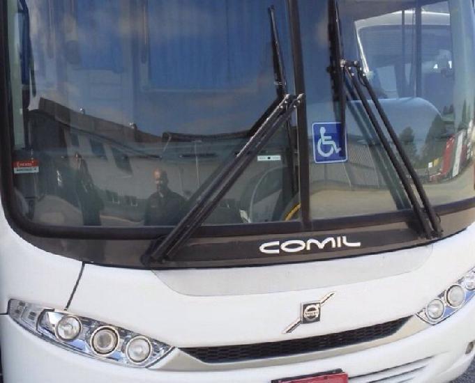 Onibus Comil motor dianteiro