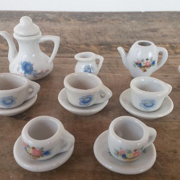 Mini jogo de chá