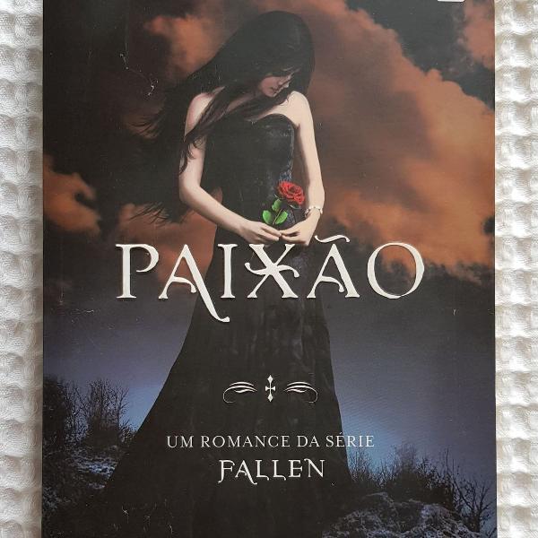 Paixão - série fallen volume 3