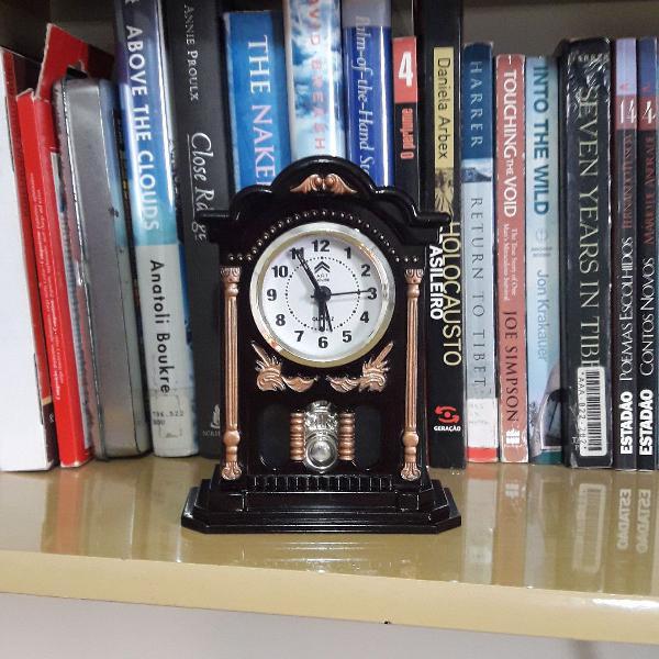 Relógio despertador big bang