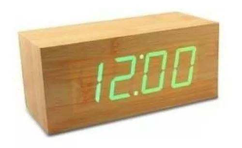 Relógio despertador de madeira led