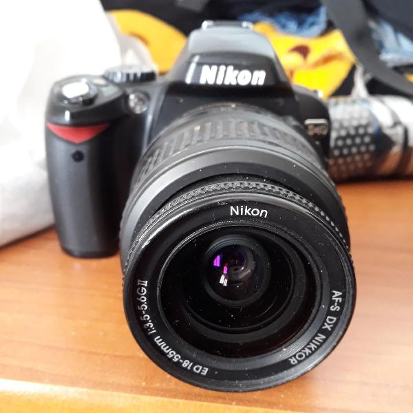 Câmera nikon d40 + bolsa + 4 filtros