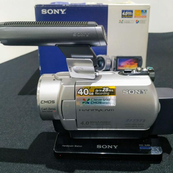 Handycam sony dcr-sr200