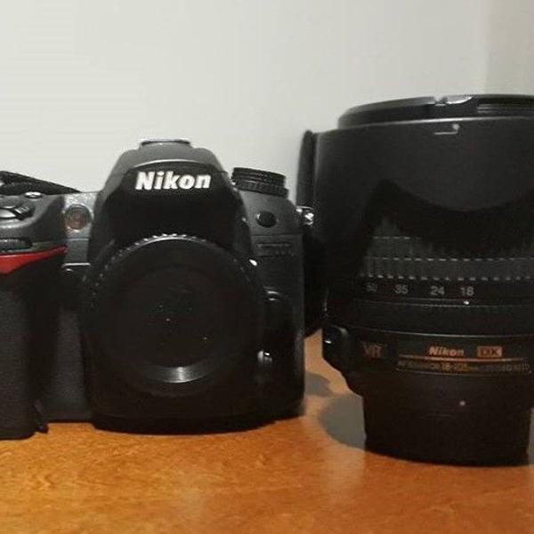 Maquina fotográfica nikon d7000 com lente 18-105