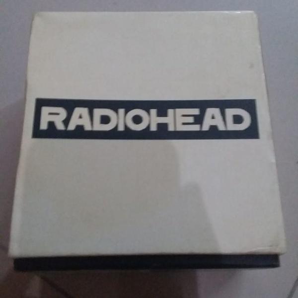 Radiohead box set com 7 cds importado.