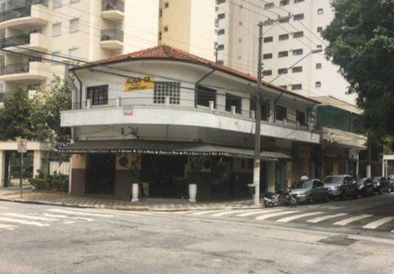 Aluga-se imóvel comercial moema (esquina)