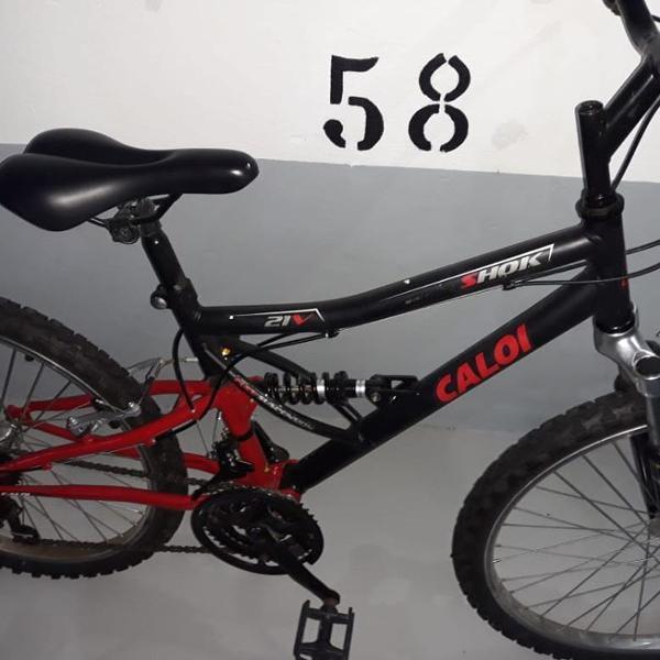 Bicicleta caloi shok 21 marchas aro 24