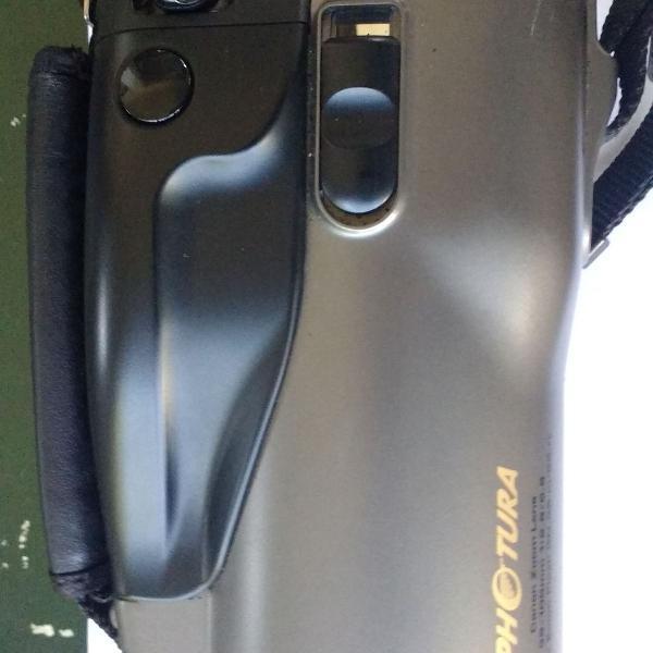 Máquina fotográfica analógica canon