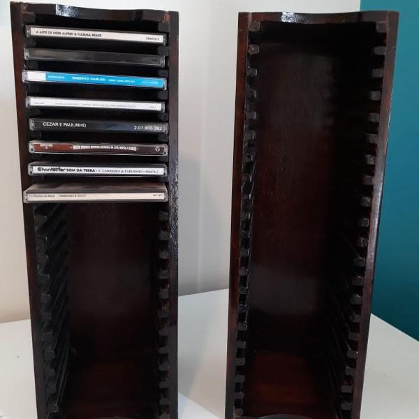Porta cds de madeira