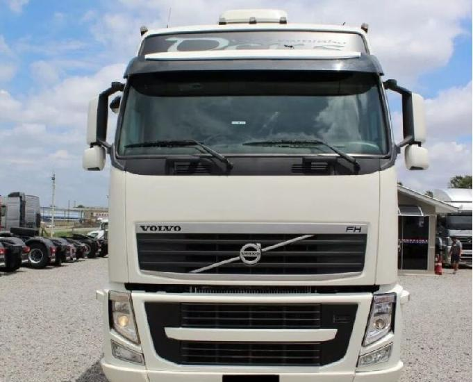 Volvo fh 540 globetrotter 6x4 ano 2014