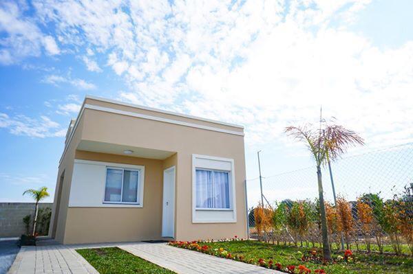 Ano novo, casa nova ! 50m²| 2 dormitórios | quintal