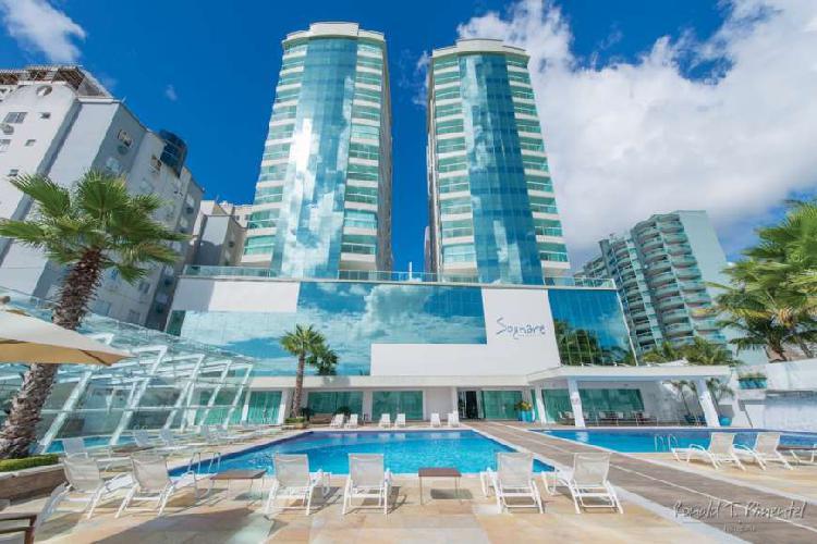 Apartamento frente mar em 100x