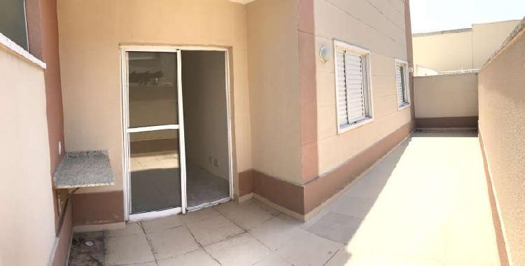 Apartamento com quintal para venda, 50m², com 2 quartos em