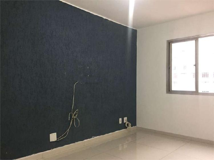 Apartamento de 60m², com 2 dormitórios na bela vista -