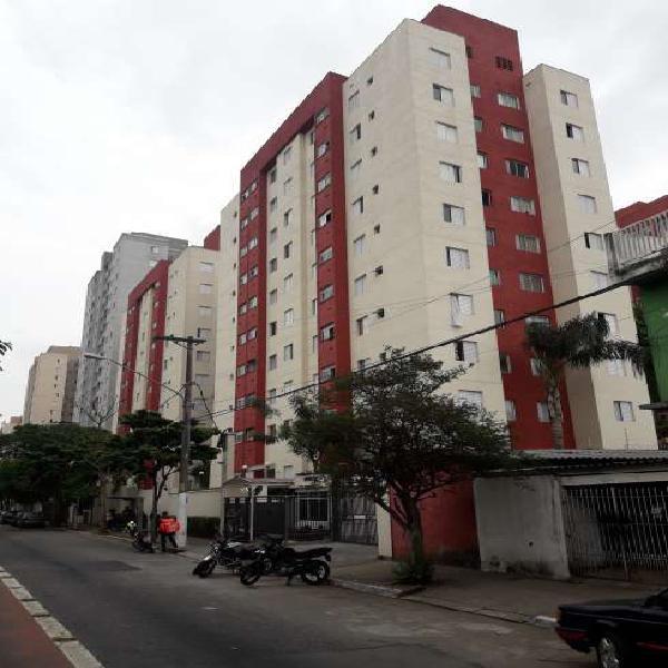 Apartamento para aluguel possui 45 metros quadrados com 2