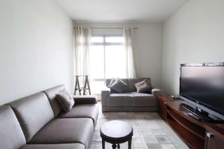 Apartamento para venda tem 80m² com 2 quartos, 1 vaga em