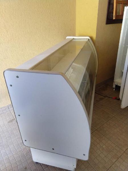 Balcão frigorífico expositor