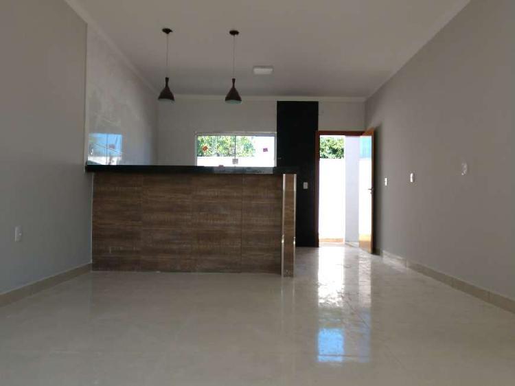 Casa a venda no bairro santa clara com dois dormitórios.