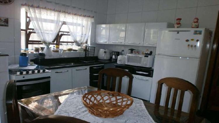 Casa 3 dormitórios - toda reformada - vila tupi - praia