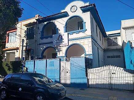 Casa com 10 salas nos barris venda ou aluguel