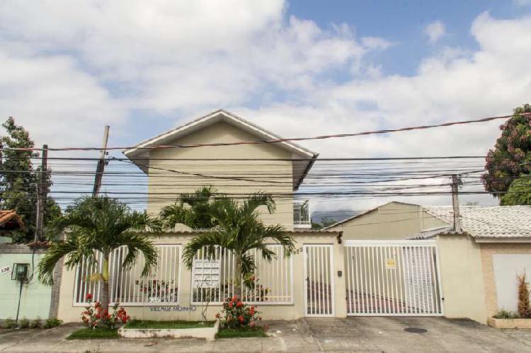 Casa de condomínio campo grande