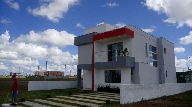 Casa de condomínio a venda com 190 metros quadrados e 4
