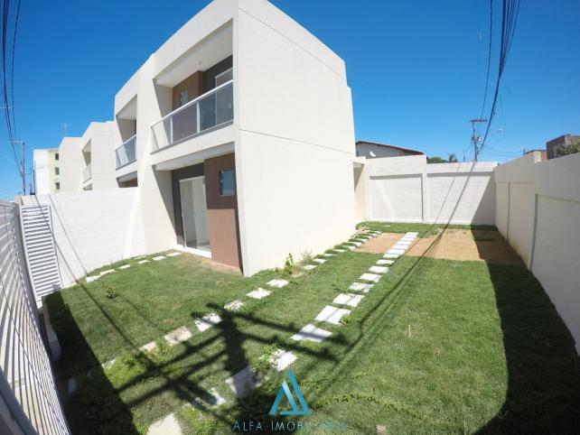 Casa duplex de 2 quartos, nova carapina ii - serra - es